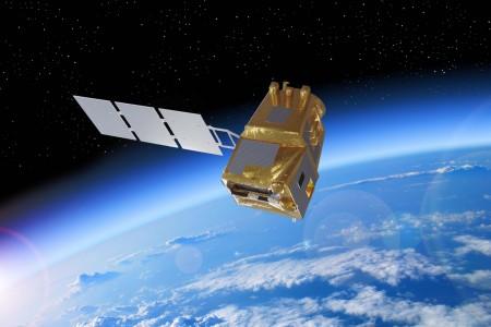 Photos du satellite LSTM (crédits photo : Airbus)